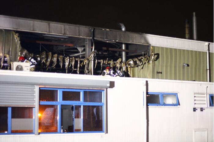 Uitslaande brand in Westelijk Havengebied