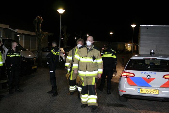 Brandweer blust brand in woning van woon-zorgcentrum WZC Thedingsweert