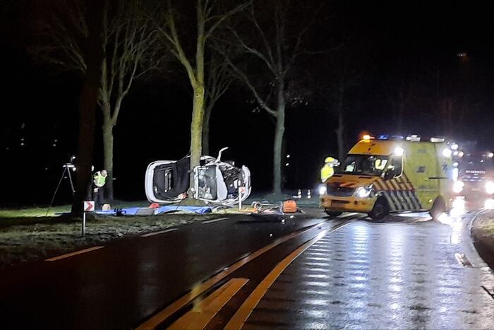 Twee doden bij ernstig verkeersongeluk
