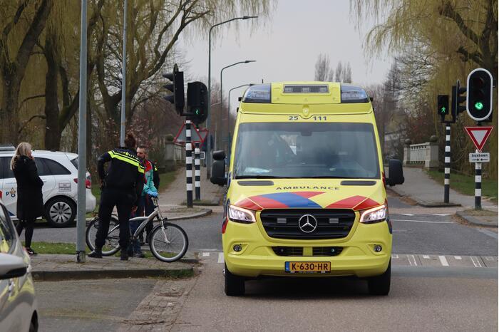 Jonge fietser gewond bij aanrijding met auto