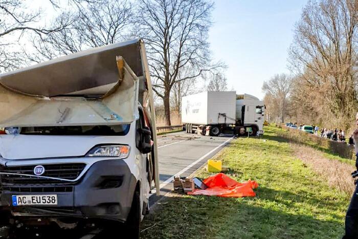 Gewonden bij ernstig ongeval met vrachtwagen