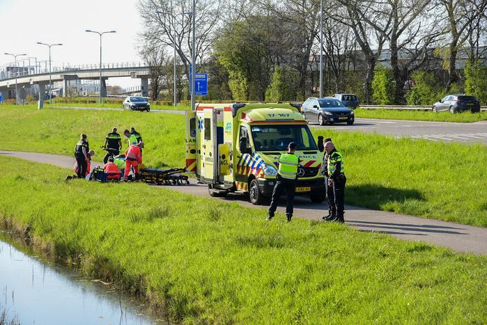 Scooterrijder zwaargewond bij eenzijdig ongeval