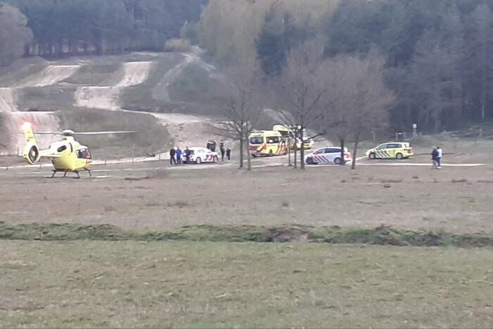 Traumahelikopter landt voor eenzijdig ongeval met mountainbiker