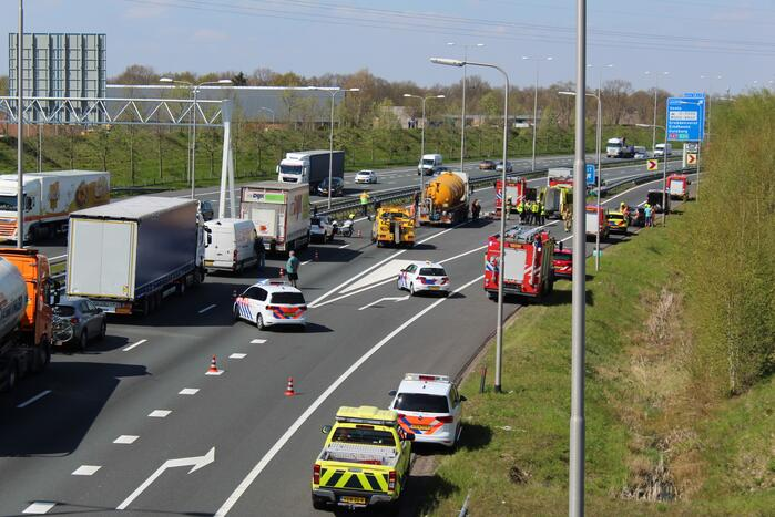 Zeer ernstig verkeersongeval op snelweg