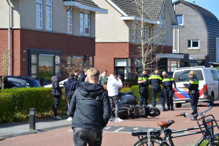 Twee scooterrijders betrokken bij ongeval