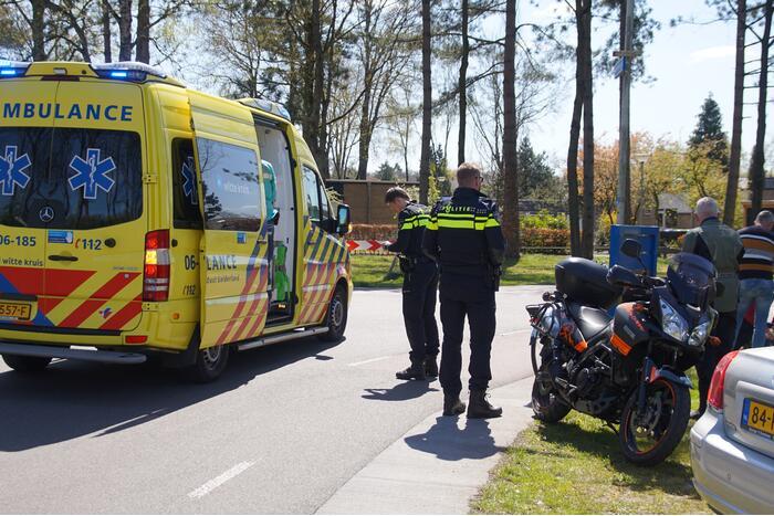 Fietser gewond bij botsing met motor