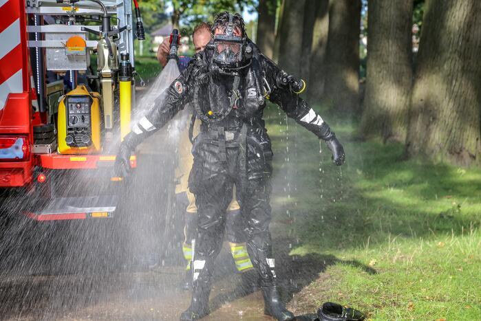 Zwaargewonde nadat auto te water raakt