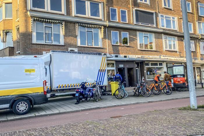 Politie en handhaving ontmantelen hennepkwekerij