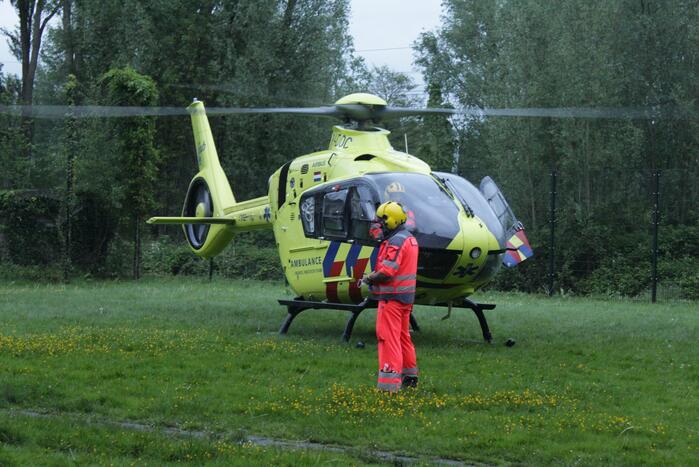 Traumahelikopter ingezet voor val van balkon