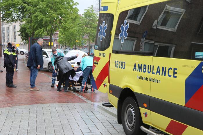 Gewonde bij ongeval tussen snorfiets en auto