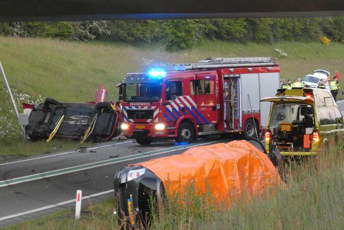 Vier doden en vijf gewonden bij zeer ernstig ongeval