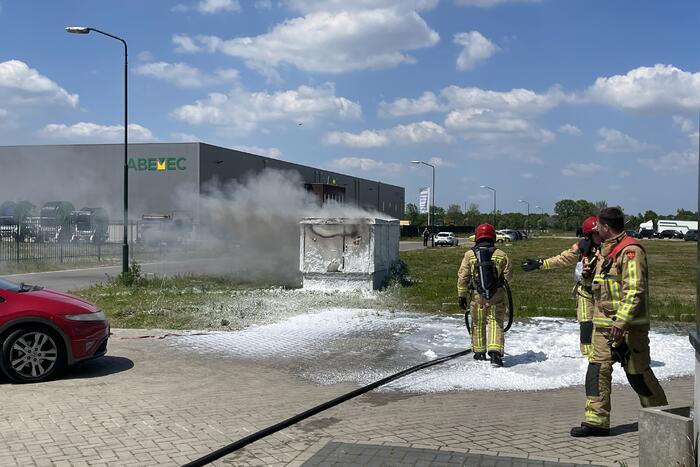 Stroomhuis in brand gevlogen