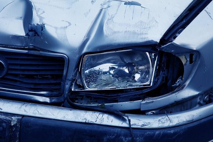 Celstraf en rijontzegging voor roekeloze dronken bestuurder