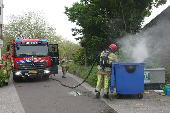 Brand in papiercontainer