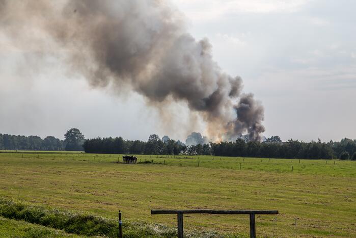 Meerdere hooibalen in brand
