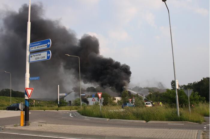 Uitslaande brand in loods waar drugsafval werd gevonden