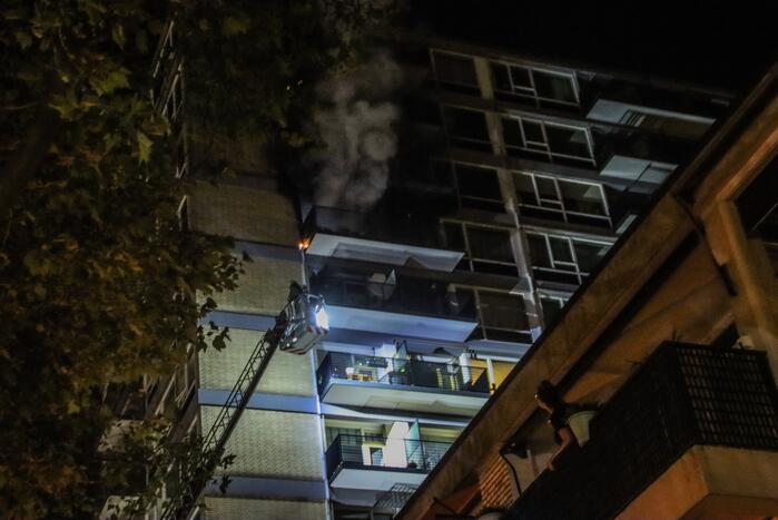 Flat geëvacueerd na zeer grote brand