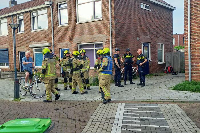 Brandweer blust vlam in de pan