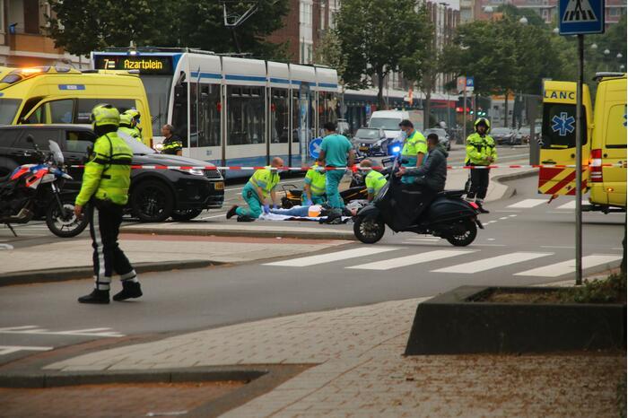 Motorrijder gewond bij botsing met Range Rover
