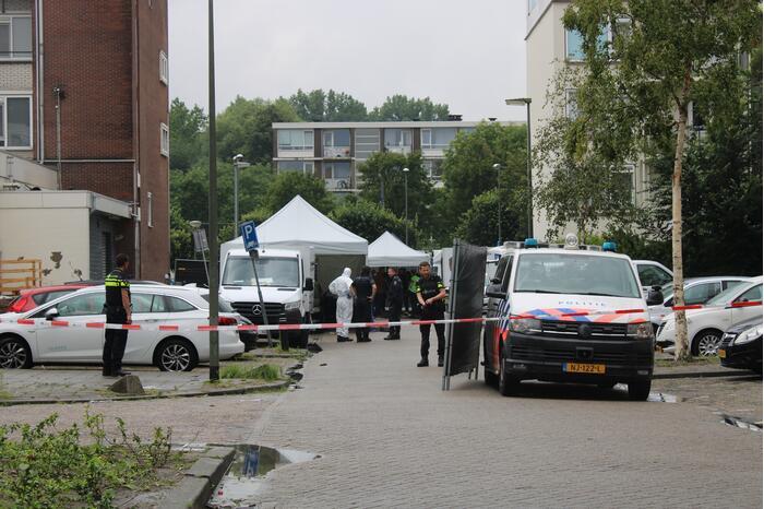 Man (32) doodgeschoten in auto, twee aanhoudingen