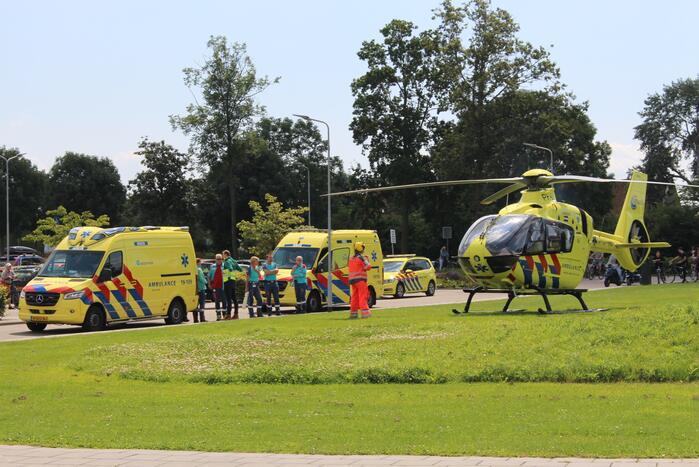 Veel hulpdiensten op de been na incident naast politiebureau