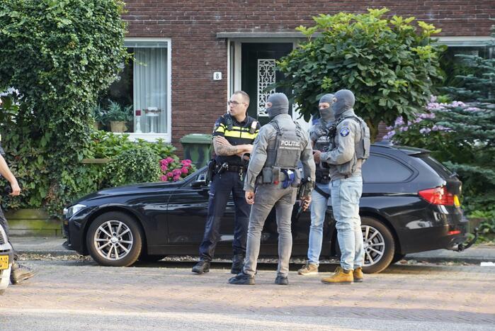 Diverse aanhoudingen bij politie-inzet in wijk Kromme Gouwe