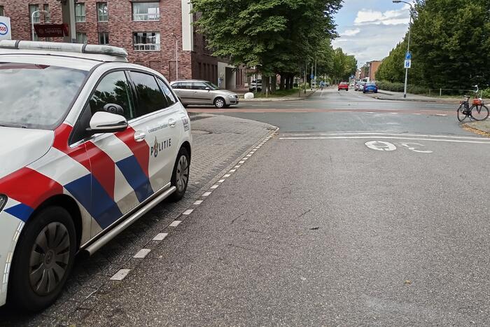 Twee opzittende van fiets gewond bij aanrijding met auto