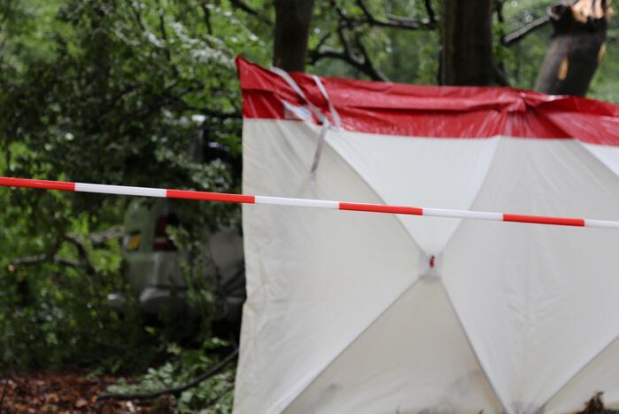 Dode aangetroffen op parkeerplaats natuurgebied Lange Duinen