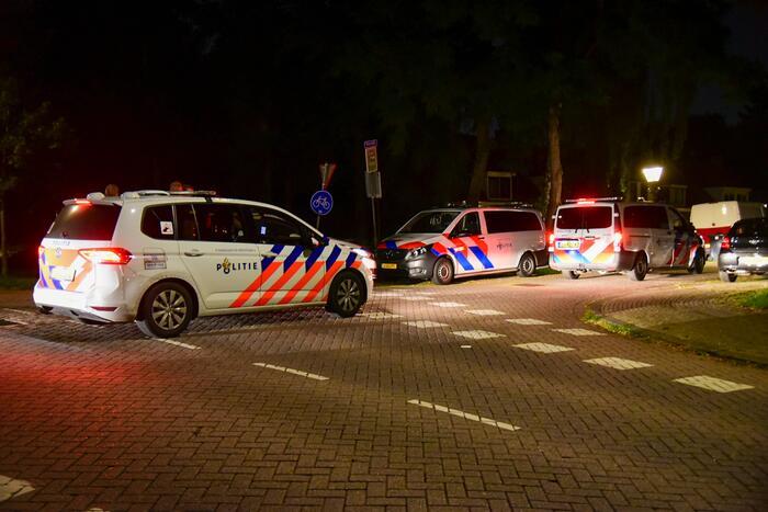 Politie lost waarschuwingsschot bij onderzoek schietpartij
