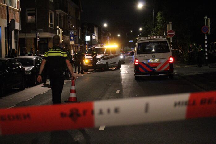 Twee agenten gewond bij schietpartij, twee verdachten aangehouden