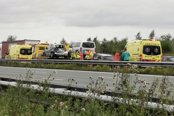 Vier voertuigen betrokken bij ongeval op snelweg