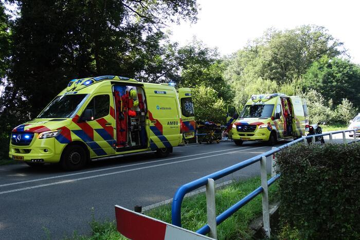 Motorrijder zwaargewond na val