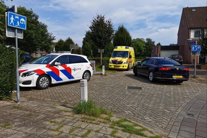 Arrestatieteam doet inval in flatwoning