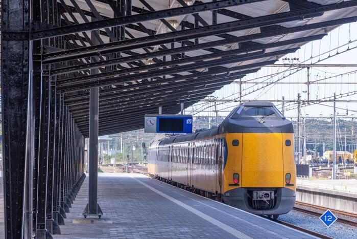Vertraging door defecte Intercity-trein op station