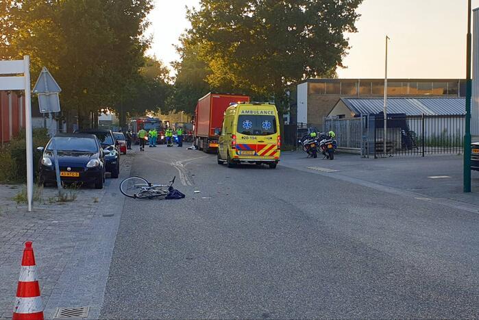 Fietser overleden bij ongeval met vrachtwagen bedrijventerrein Tichelrijt