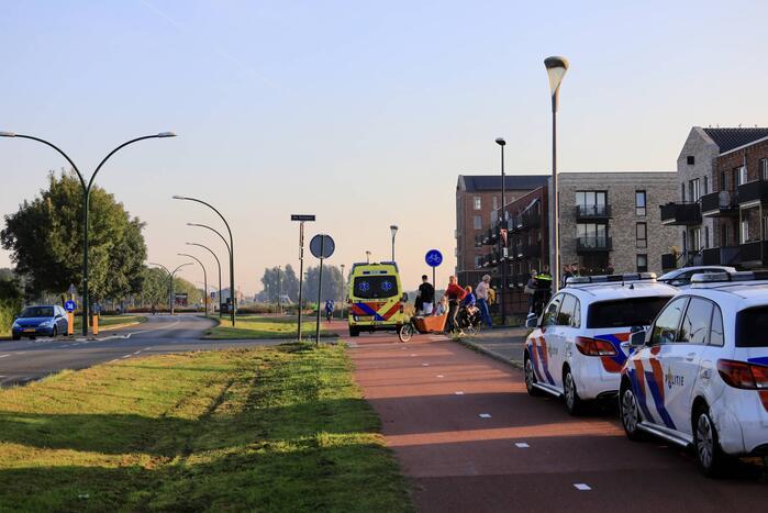 E-biker gewond bij botsing op auto