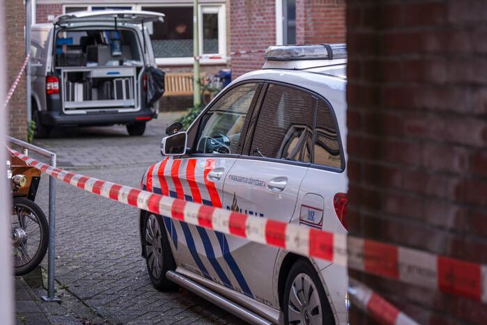 Politie doet onderzoek naar aantreffen overleden persoon