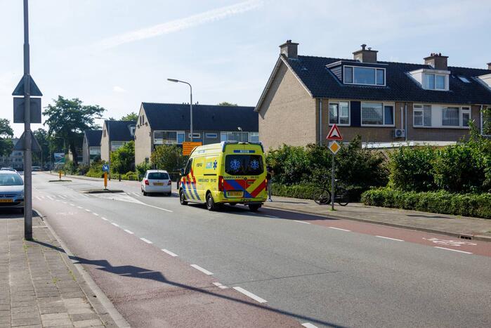 Voetgangster gewond bij botsing met fietser