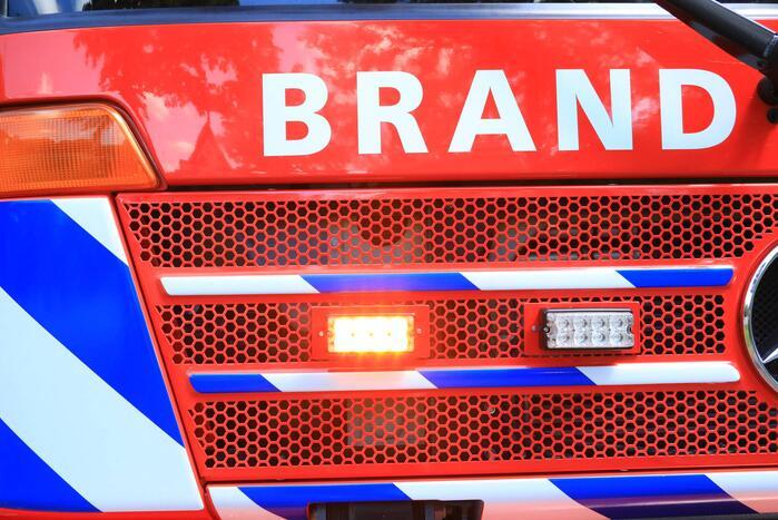 Vrachtwagen in brand na ongeval