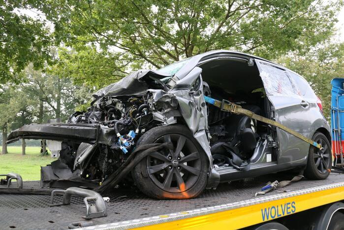 Bestuurder overleden bij ernstig ongeval