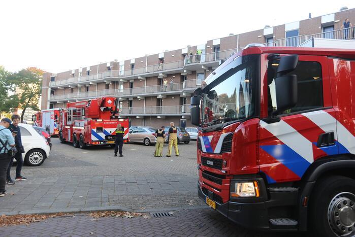 Brand in flatwoning op derde verdieping
