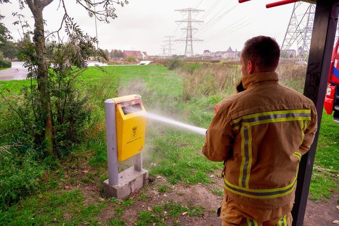 Prullenbak in brand gestoken op Sportpark