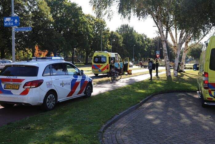 Fietser op e-bike ernstig gewond op fietspad
