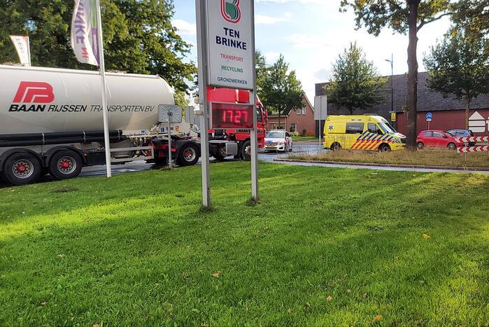 Overstekende fietser aangereden door vrachtwagen