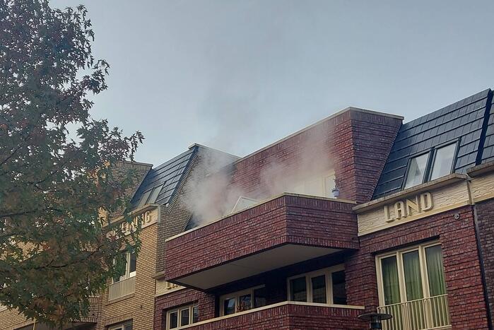 Uitslaande brand op balkon appartement