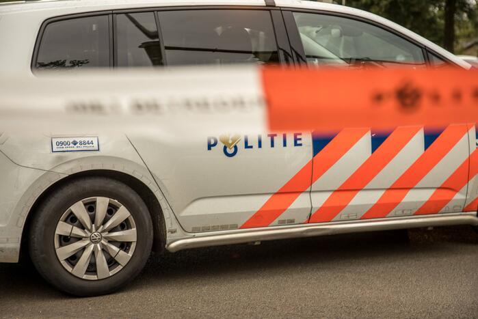Neergeschoten man aangetroffen in auto