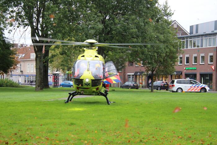 Traumahelikopter landt in binnenstad